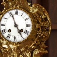 Detail Clock C